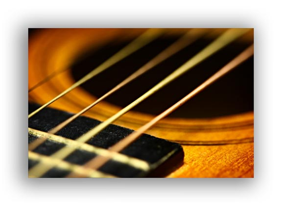 Good Macro Lighting of Guitar Strings