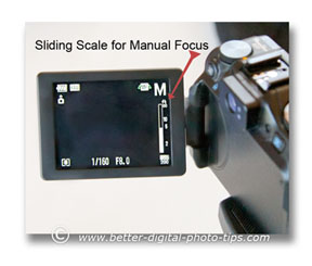 A sliding manual focus indicator helps when doing macro work