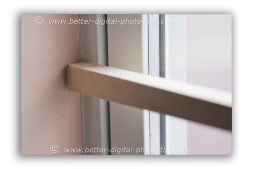 Lean the stabilizer against a stationary object like a wall or tree.
