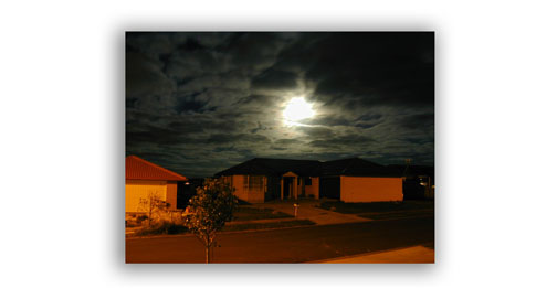 Moonlight Photos - Unusual Colors from Street Light