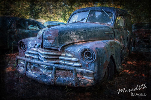 Photograph of rusty truck by Hazel Meredith