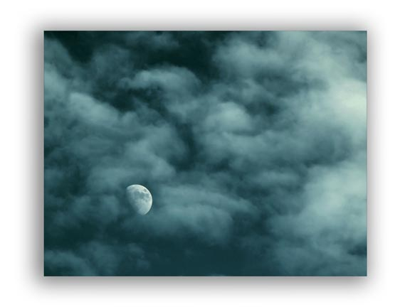 Picture of moon and clouds