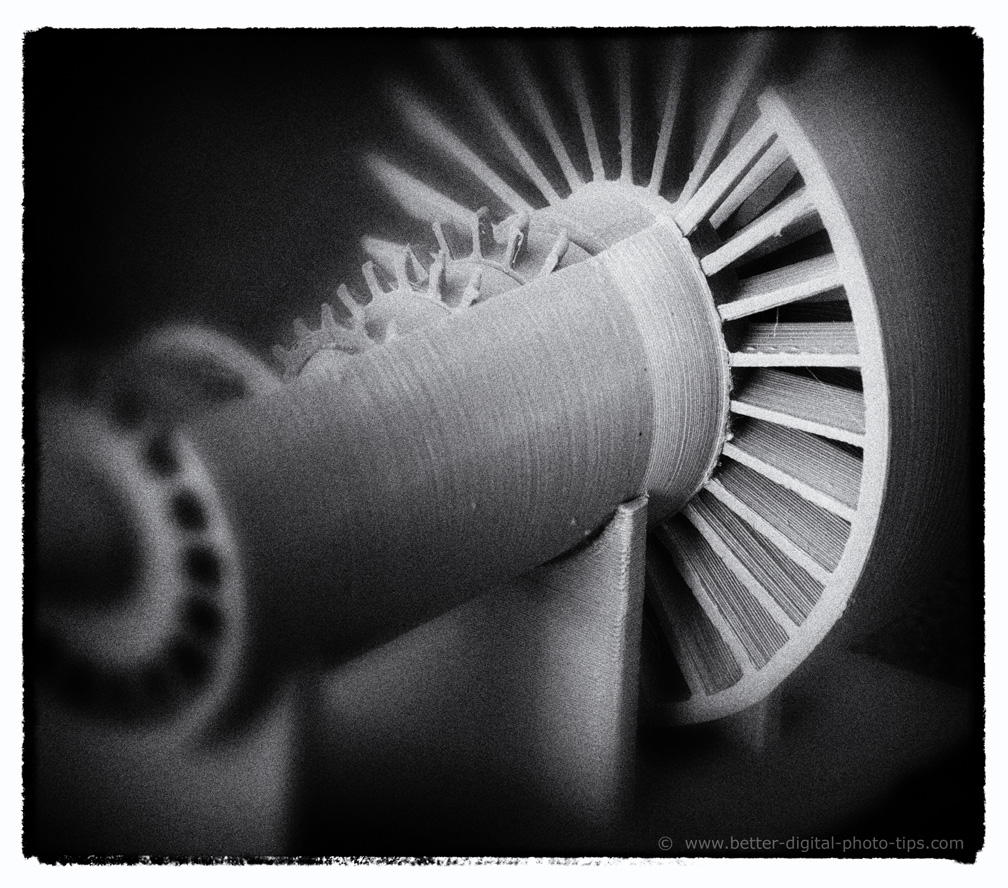 Large macro photo-turbine engine
