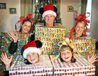 Funny Family Christmas Picture