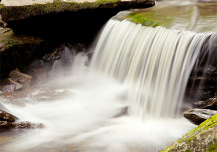 Use a tripod for motion blur-waterfall photography