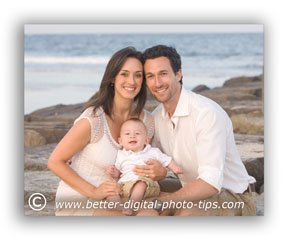 Pose of a family of 3 on the Beach