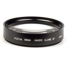 Screw-on filter for macro photography