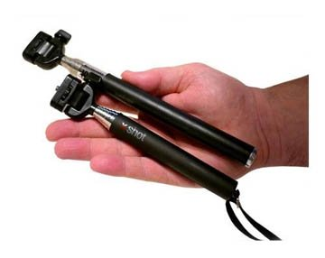 Size comparison - two different monopods for selfies that have different lengths and rigidity